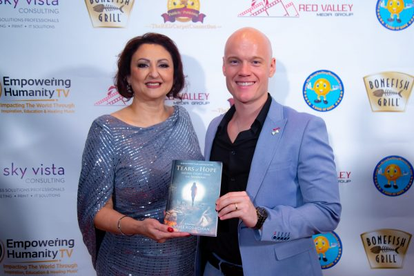 Aimmee Kodachian Tears of Hope Empowering Humanity Dr. Andrea Adams-Miller The RED Carpet Connection The Keep Smiling Movement-1643